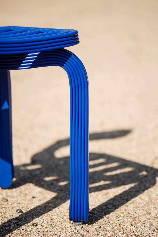 Kooij chubby chair blue leg detail recycled plastic